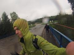 počas lejaku cestu k stredu Európy pre za Kremnickými baňami