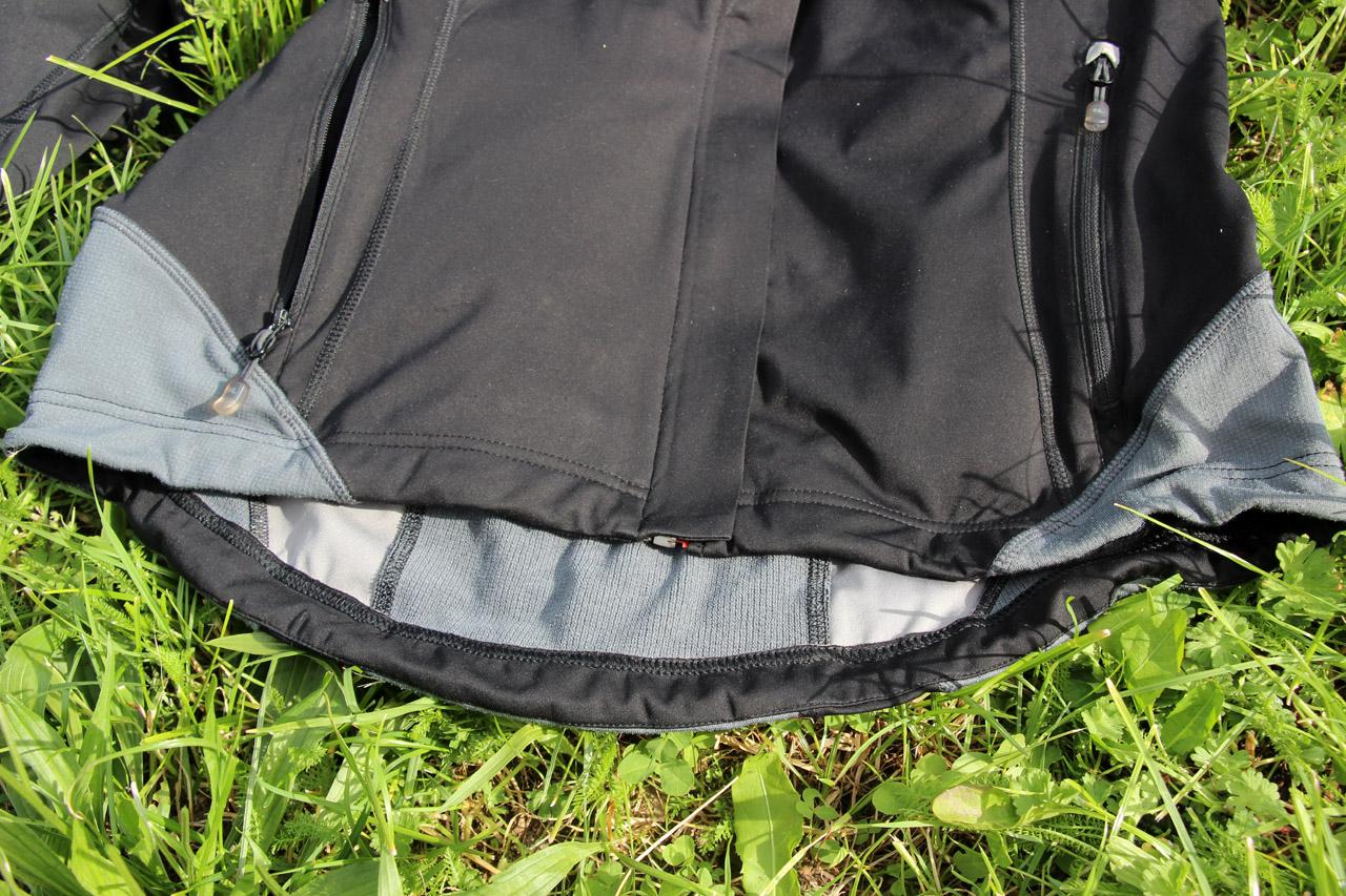 Ferrino Hoste bunda - predĺženie v oblasti krížov