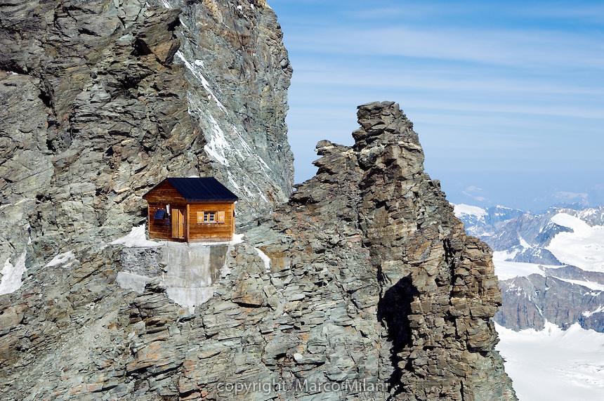 Chatka Solvay Hut, Matterhorn - Švajčiarsko, zdroj: sumadhuraspeaks.files.wordpress.com