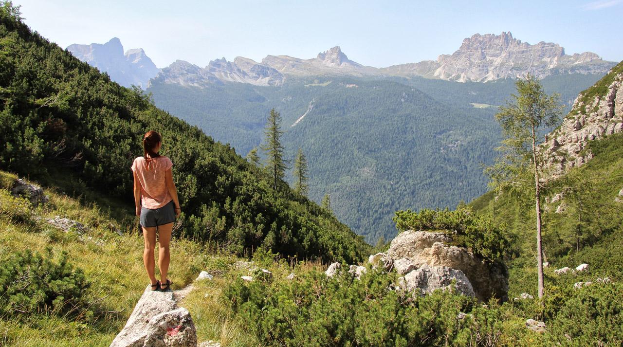 Výhľad na La Rocheta a Cima Ambrizzola, Dolomity