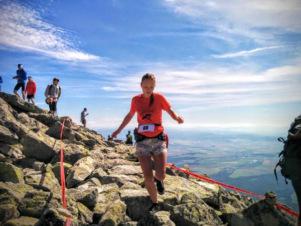 Foto: organizátorský tím/ tatranská šelma vertikal 2015, Katka počas zbehu