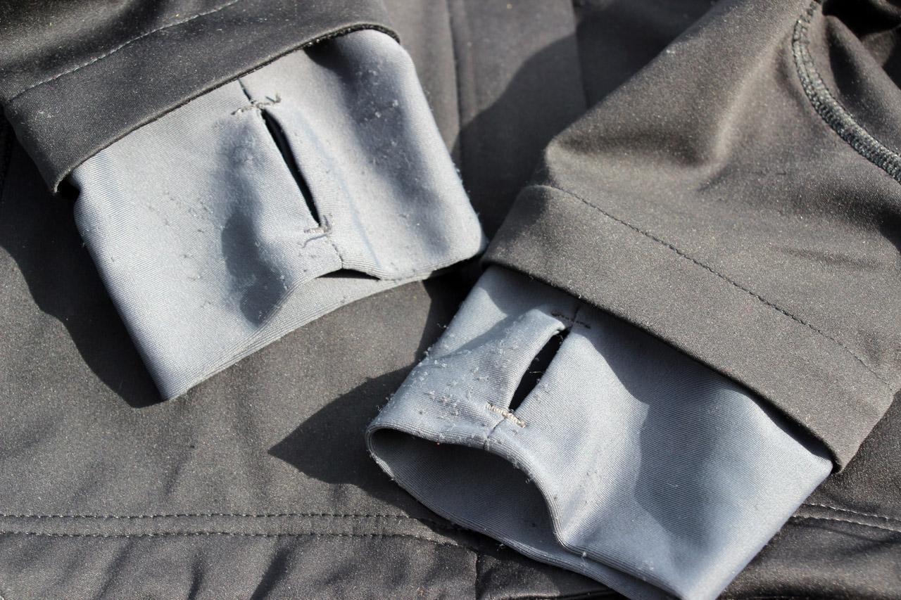 Ferrino Hoste bunda - detail predĺžených rukávov