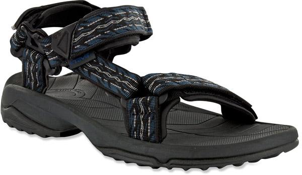 turistické sandále