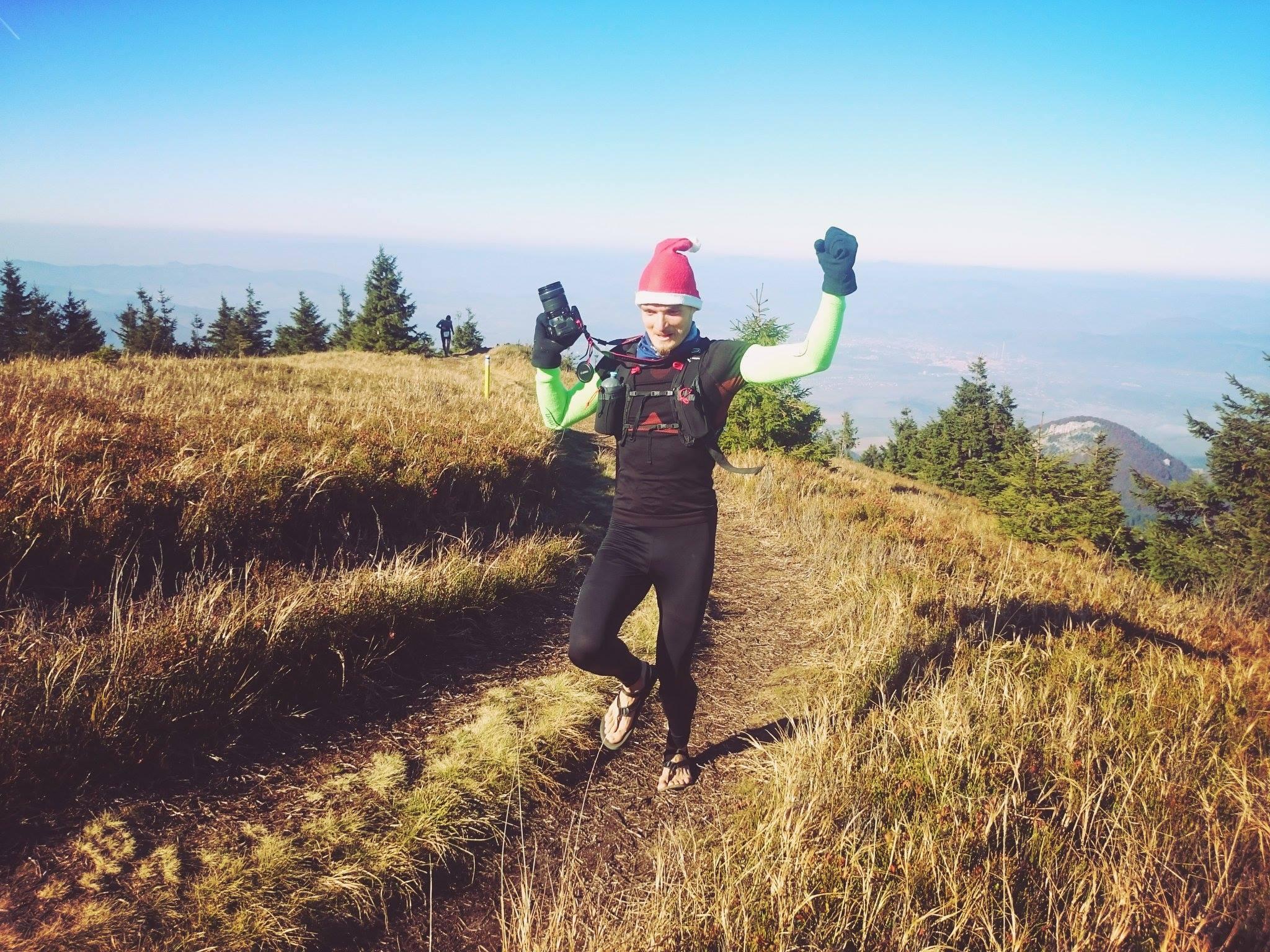 Beh na Minčol 2015 - Peter Janura beží s foťákom