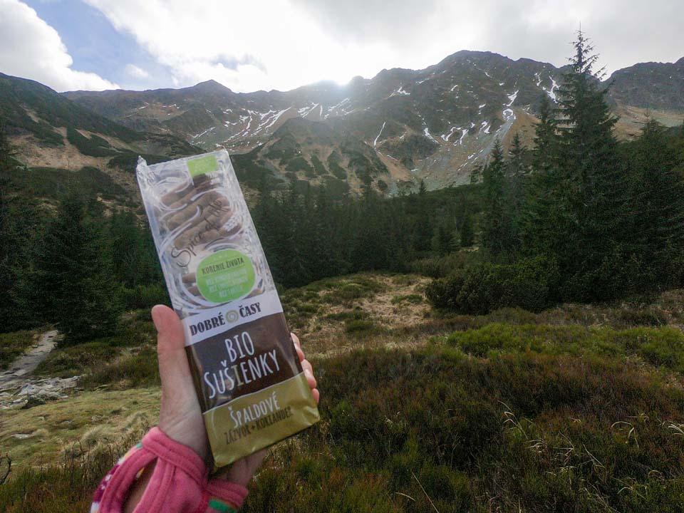 Zaslúžená odmena na horách, ktorú si môžete vychutnať s výhľadmi. To sú bio sušienky Dobré časy