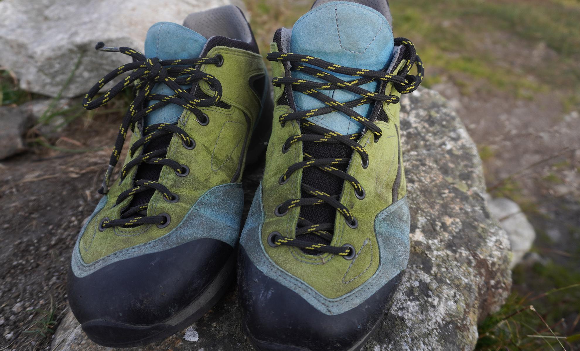 Bosp Grifit recenzia, topánky bude treba častejšie čistiť kvôli svetlým farbám.