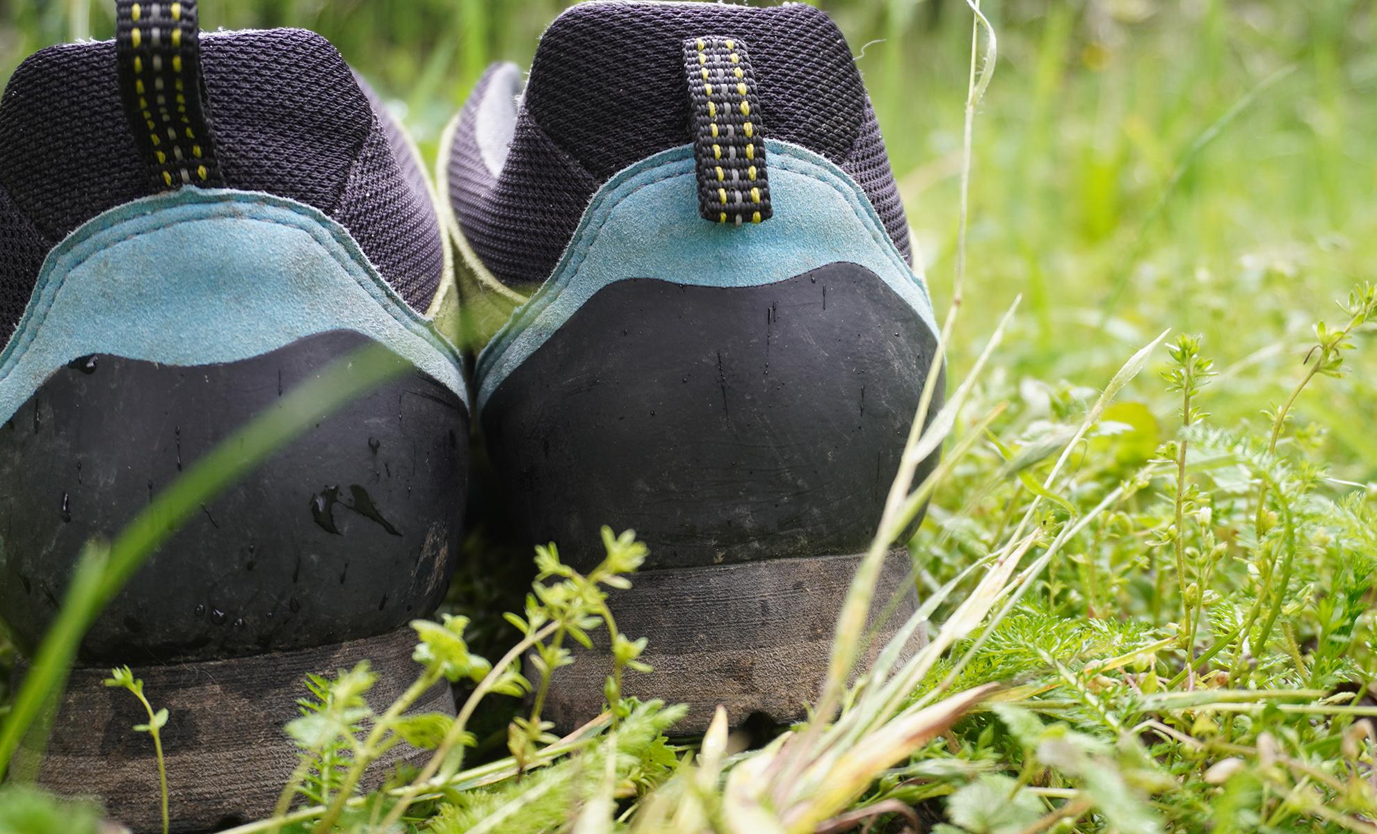 Bosp Grifit recenzia a záväsné uško, ktoré pomáha trekingovú topánku aj lepšie nazúvať