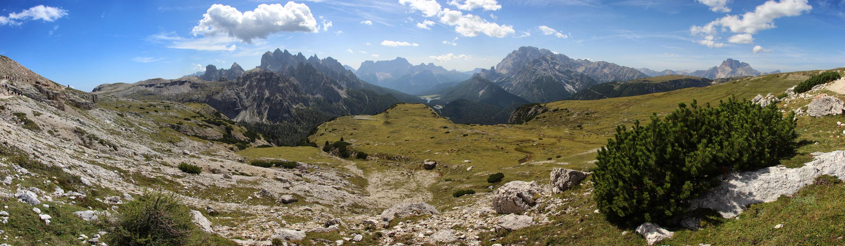 Panoráma Cima Ciadin de la Neve, Torre del Diavolo, Torre Wundt, Lago di Misurina, Monte Cristallo, Dolomity