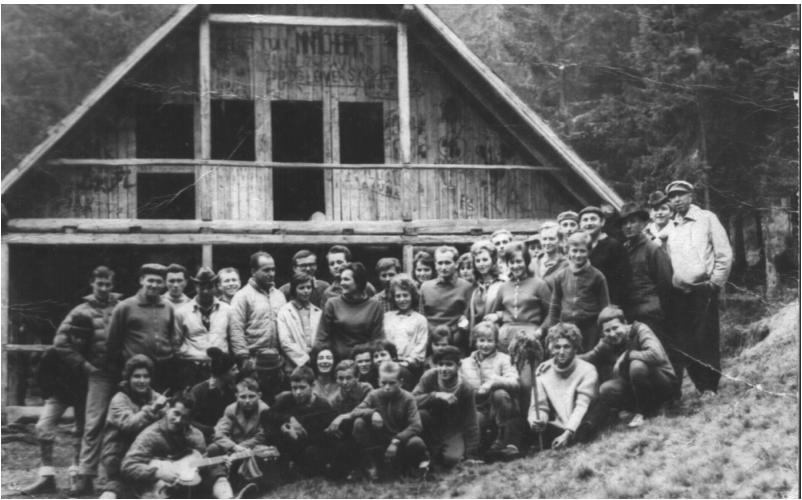 Brigádnici chaty pod-Náružím
