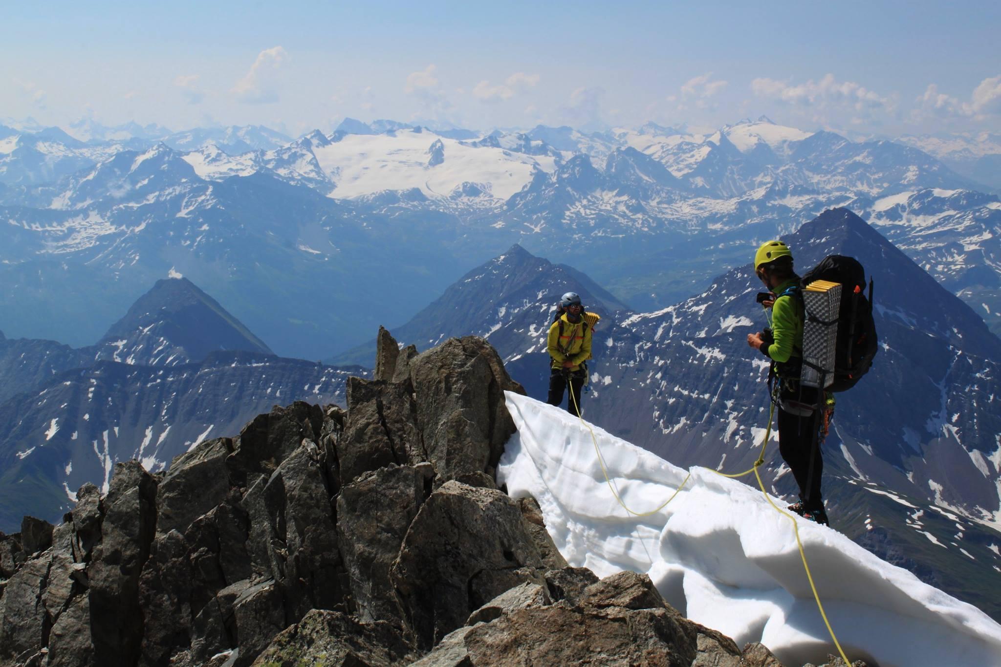 Innominata integrale a roztopený glacier