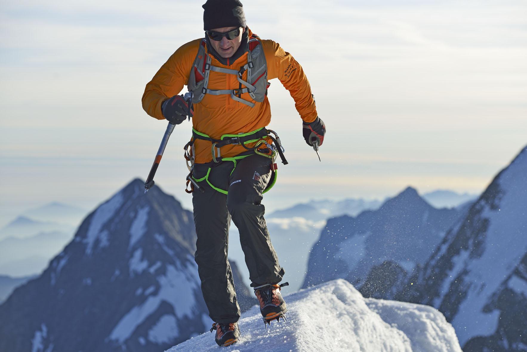 Jungfrau, Berner Alpen, Kanton Bern, Schweiz; Climber: Ueli Steck