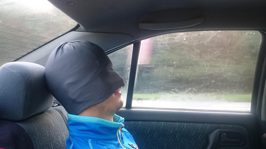 Beh cez Vápeč 2015 cesta autom