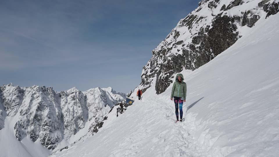 Športové legíny Yoginess vo Vysokých Tatrách na Rysoch v Zime