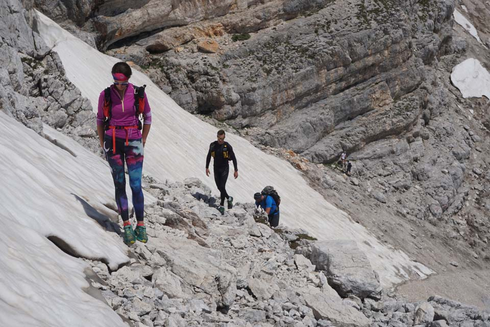 Julské Alpy, Slovinsko: ako takí trpaslíci pekne za sebou
