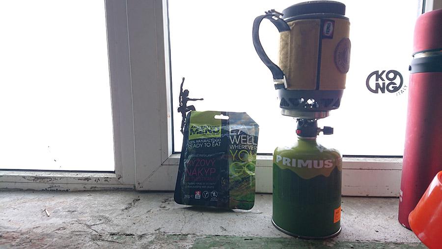 expedičný varič primus lite plus používany počas výstupu na Kazbek