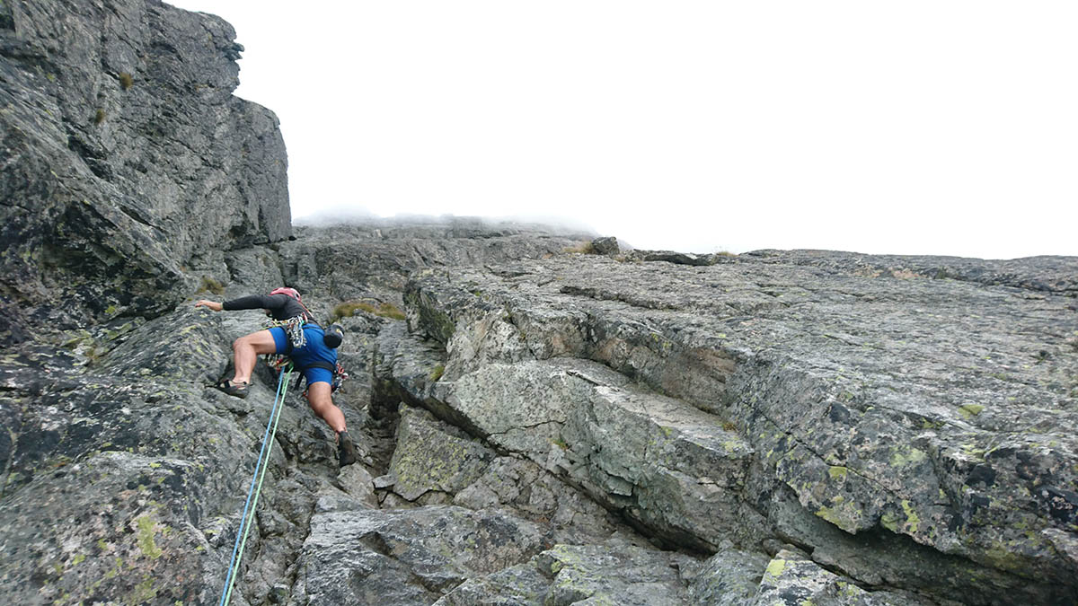 Tomáš lezie druhú dĺžku/ Šádek- Baranie Rohy