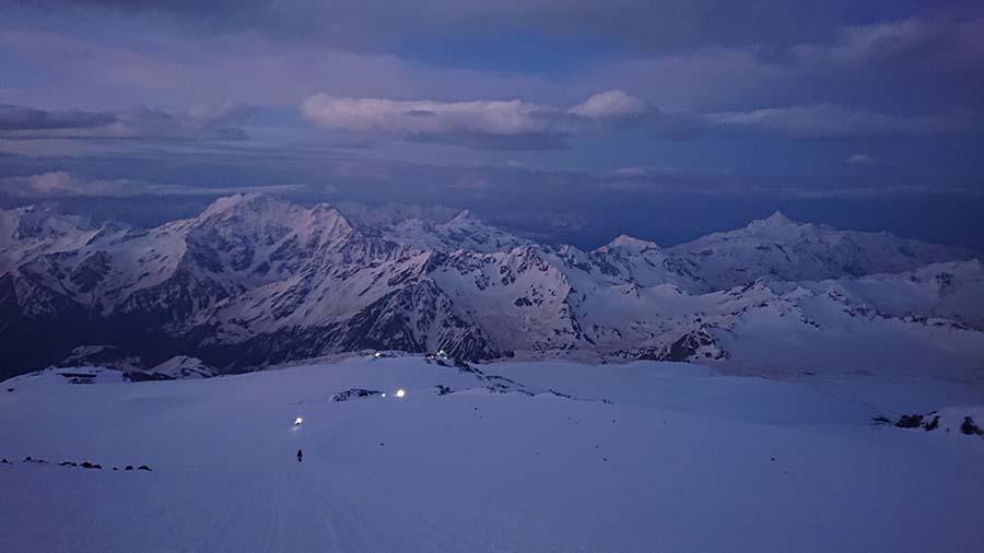 Výstup na elbrus/ skialpinizmus