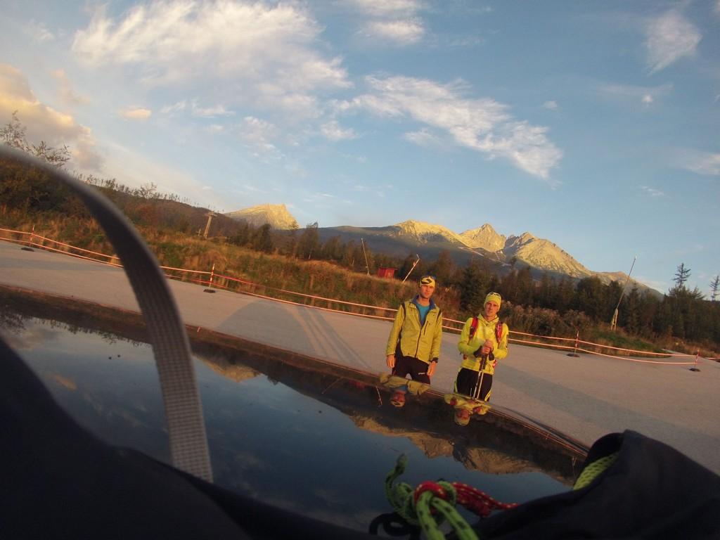 o 06:20 ráno na parkovisku v Tatranskej Lomnici, a ide sa na Lomnický štít
