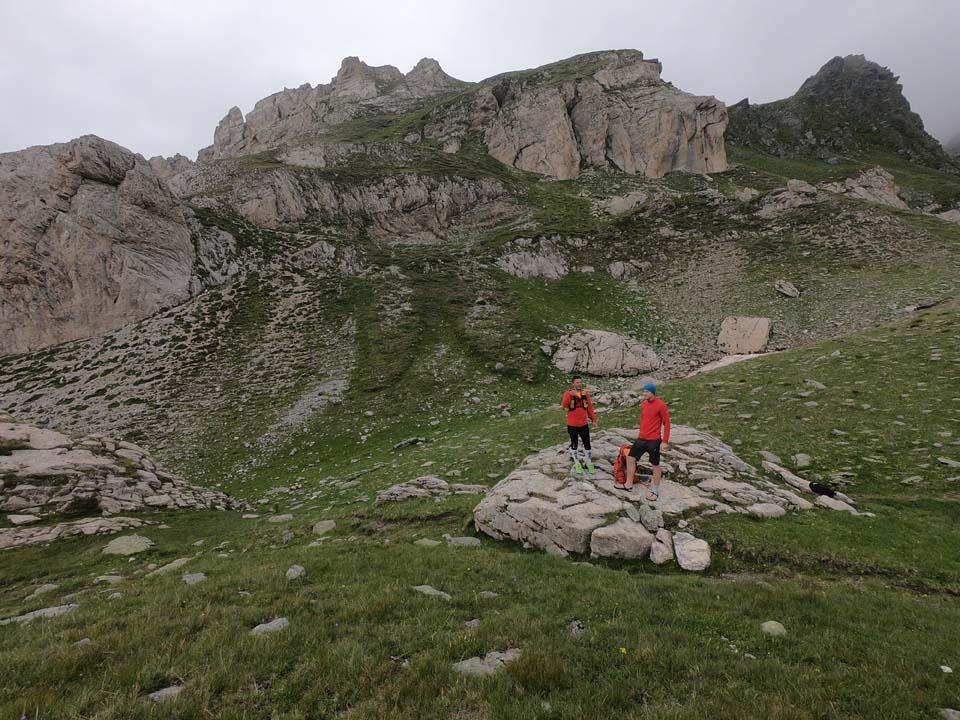 Najvyšší vrch Kosova - Djeravica 2656 m. Pauzička a hľadanie smeru