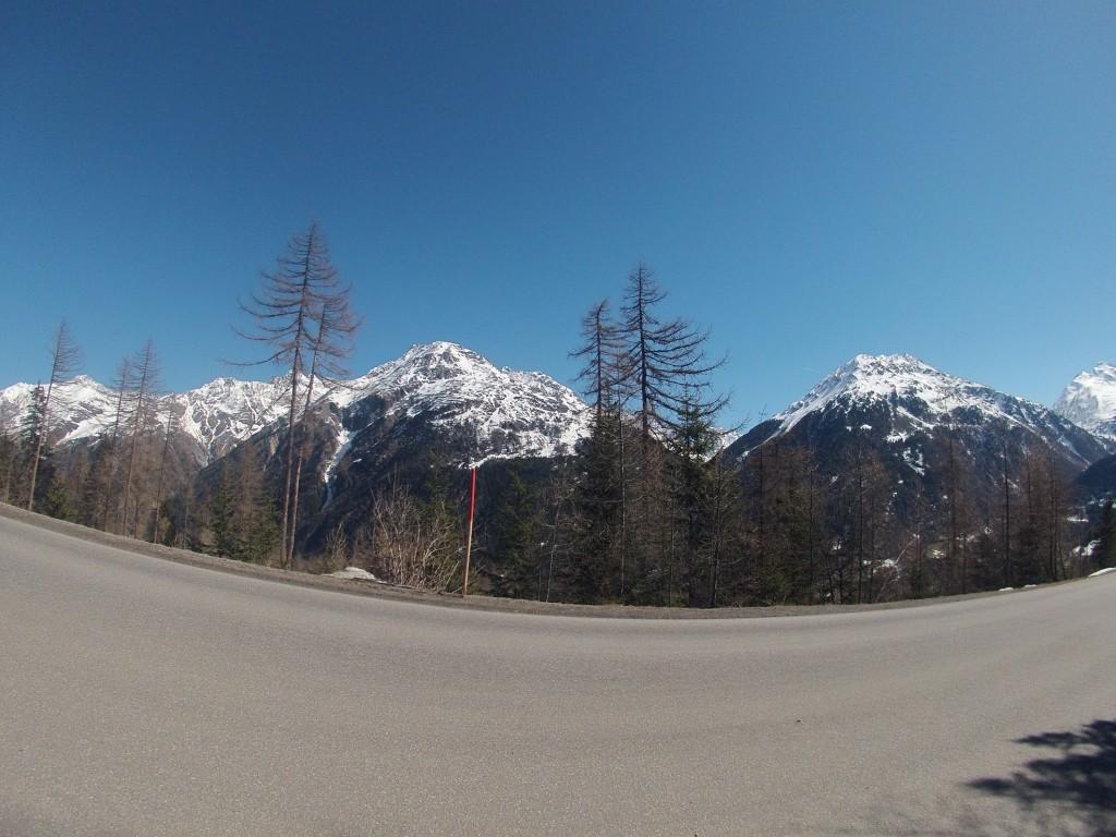 ClimbingRunning a výhľad počas ktorého som zočil fešáka na ďalši deň