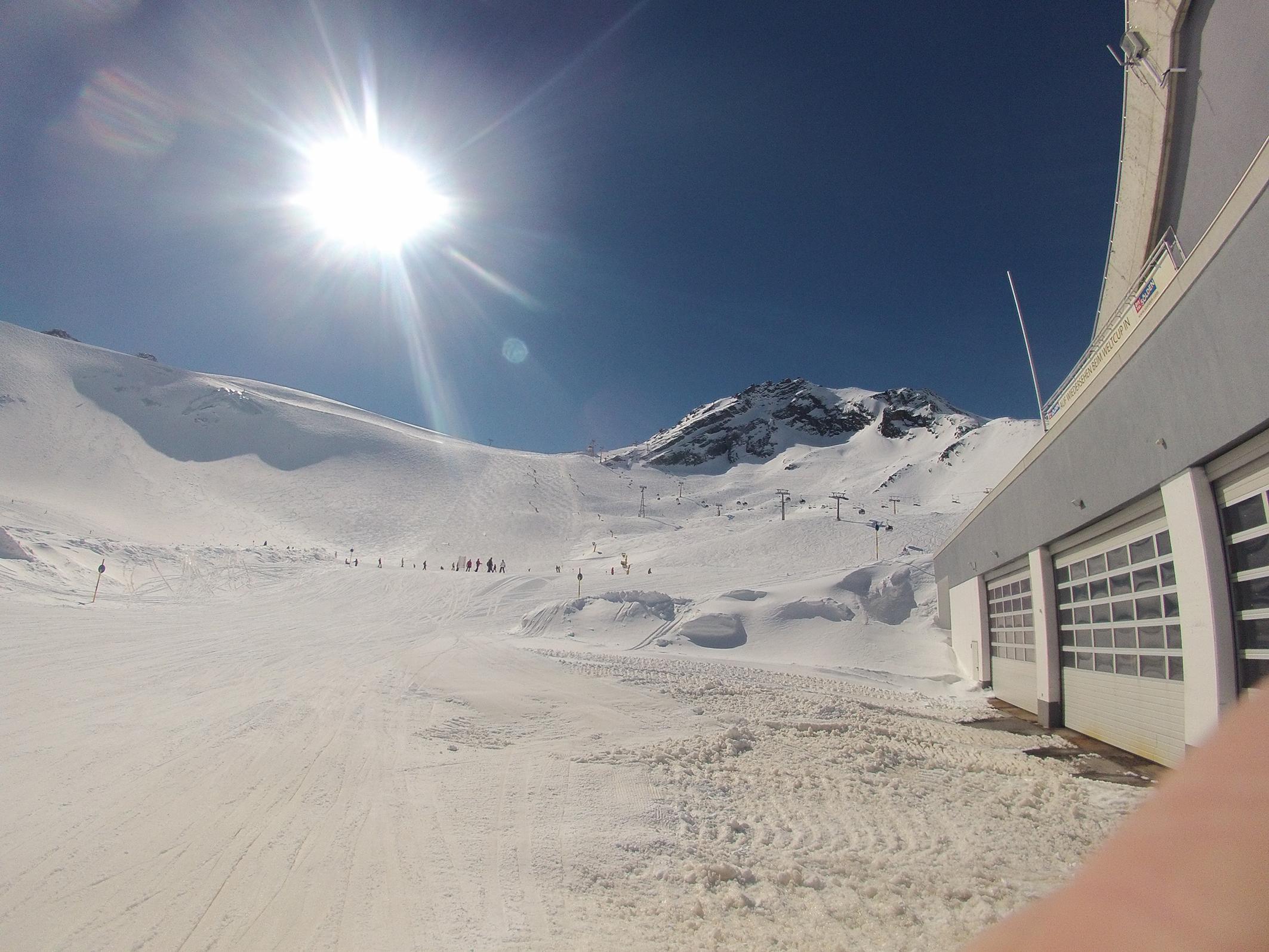 Vyšiel som pri stanici lanovky v Alpách vo výške 2684m