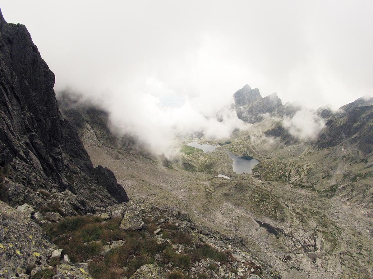 Výhľad zo štvrtého štandu pred lezením piatej dĺžky/ Baranie rohy