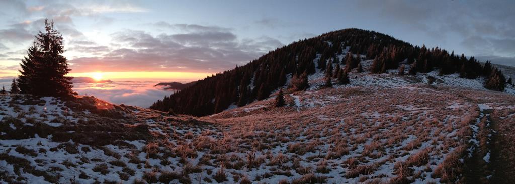 Foto: Slnečné ráno v sedle pod Suchým vrchom, Veľká Fatra