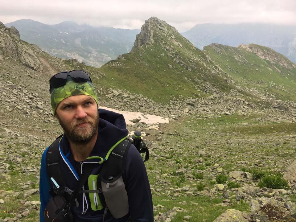 Tyger pózuje Najvyšší vrch Kosova - Djeravica 2656 m.