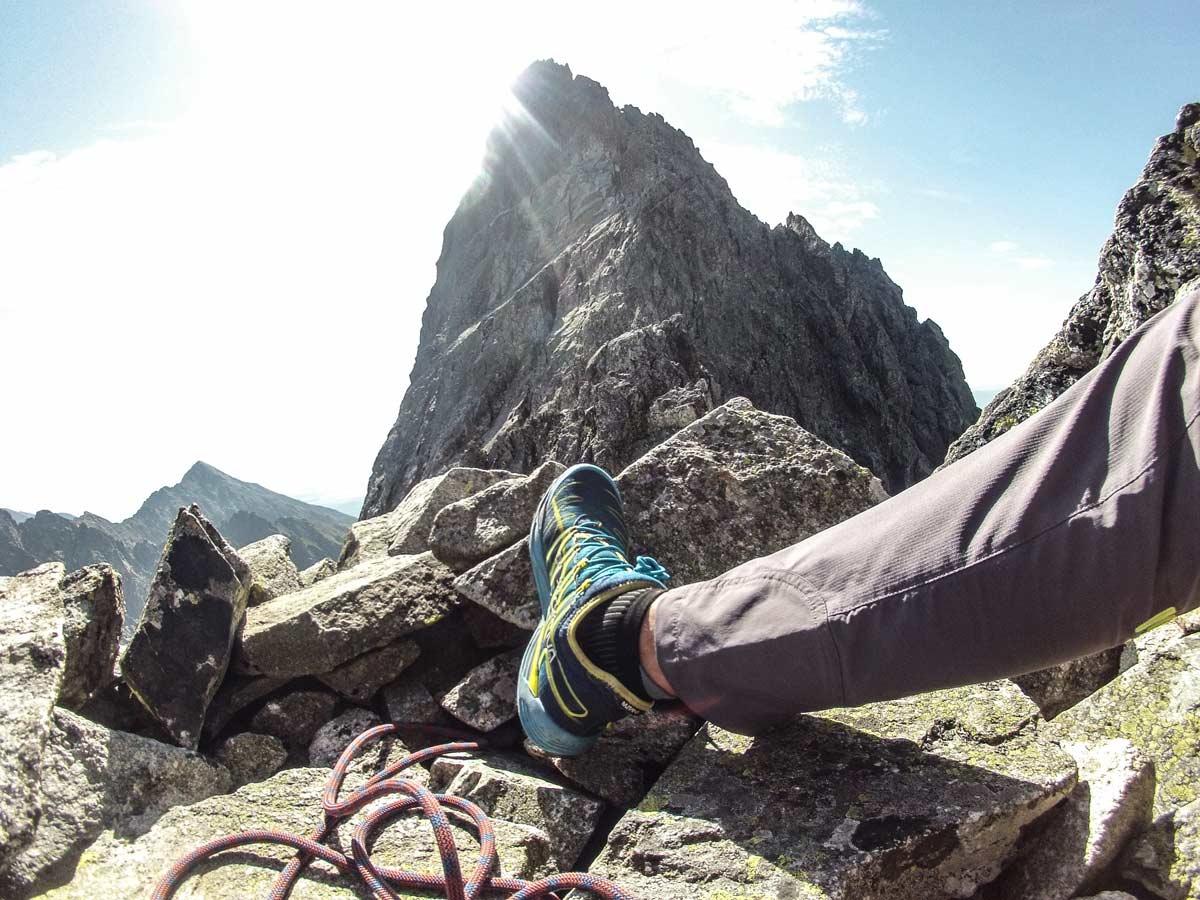 Karpos rock fly outdoor nohavice so spevnenou látkou pri členkoch