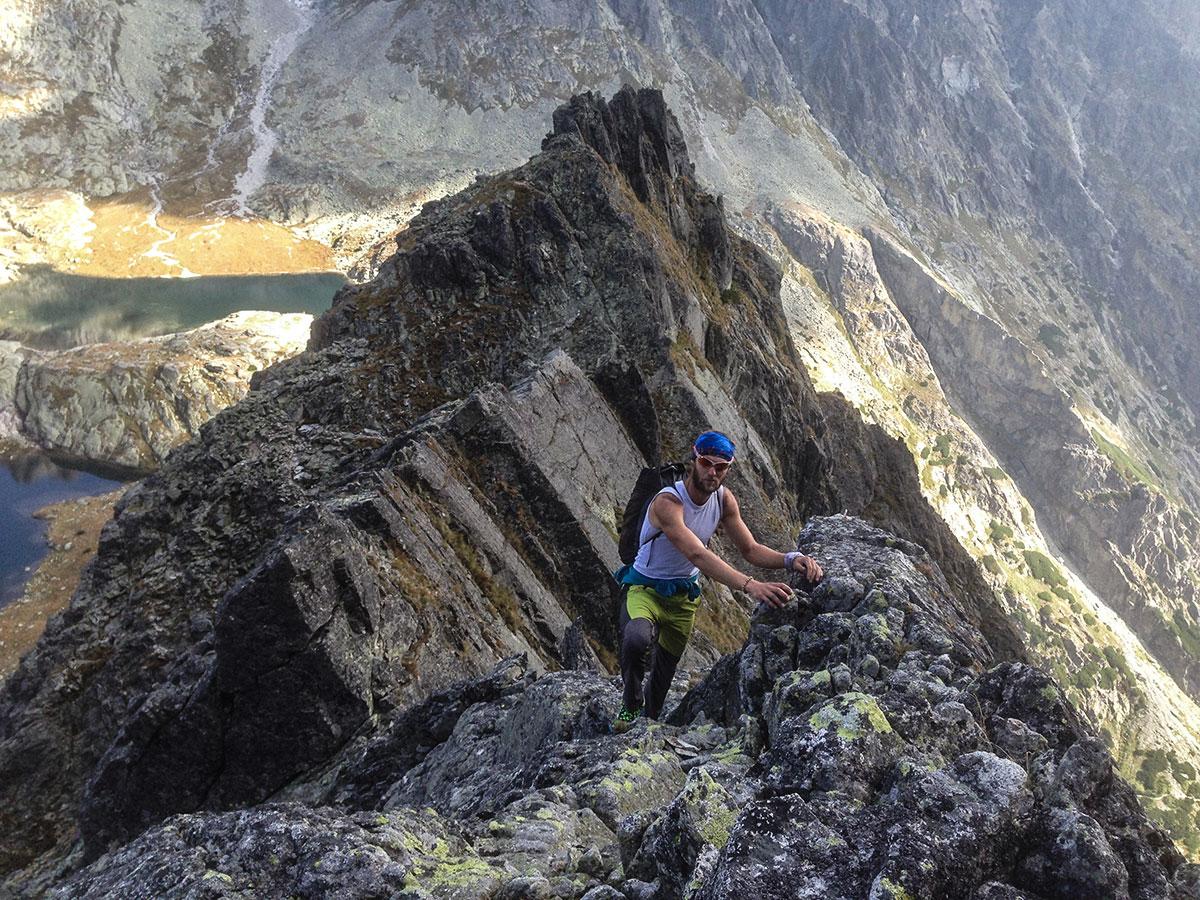 Karpos rock fly, turistické a lezecké nohavice, vo vysokých tatrách, test