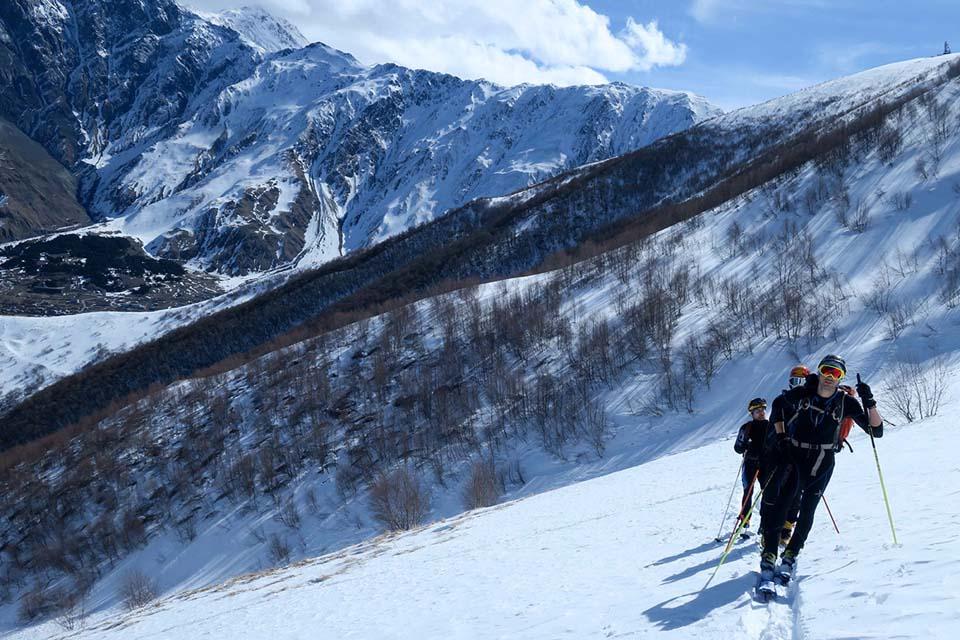 2018-Gruzinsko-Skialp-prvy skialp