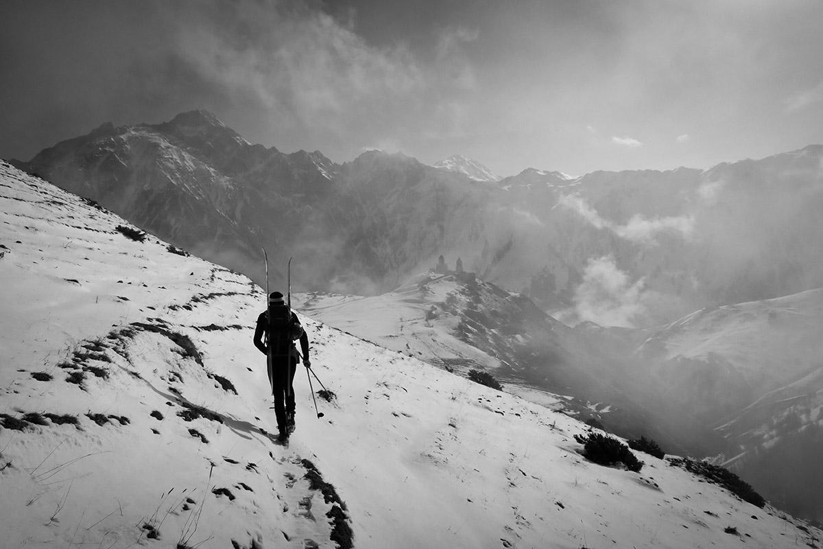 2018-Gruzinsko-Skialp-nástup
