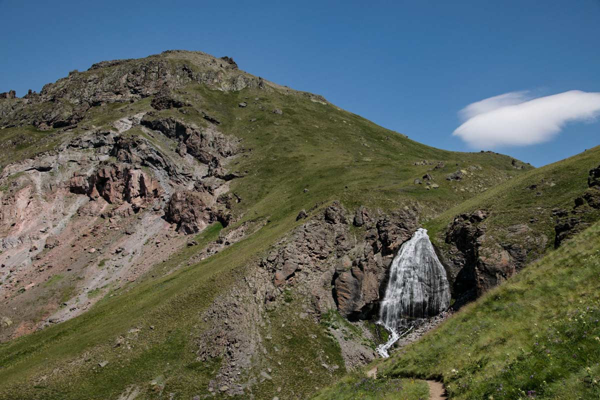 Dievčenské slzy, expedícia Elbrus, Black Hill outdoor merino vlna