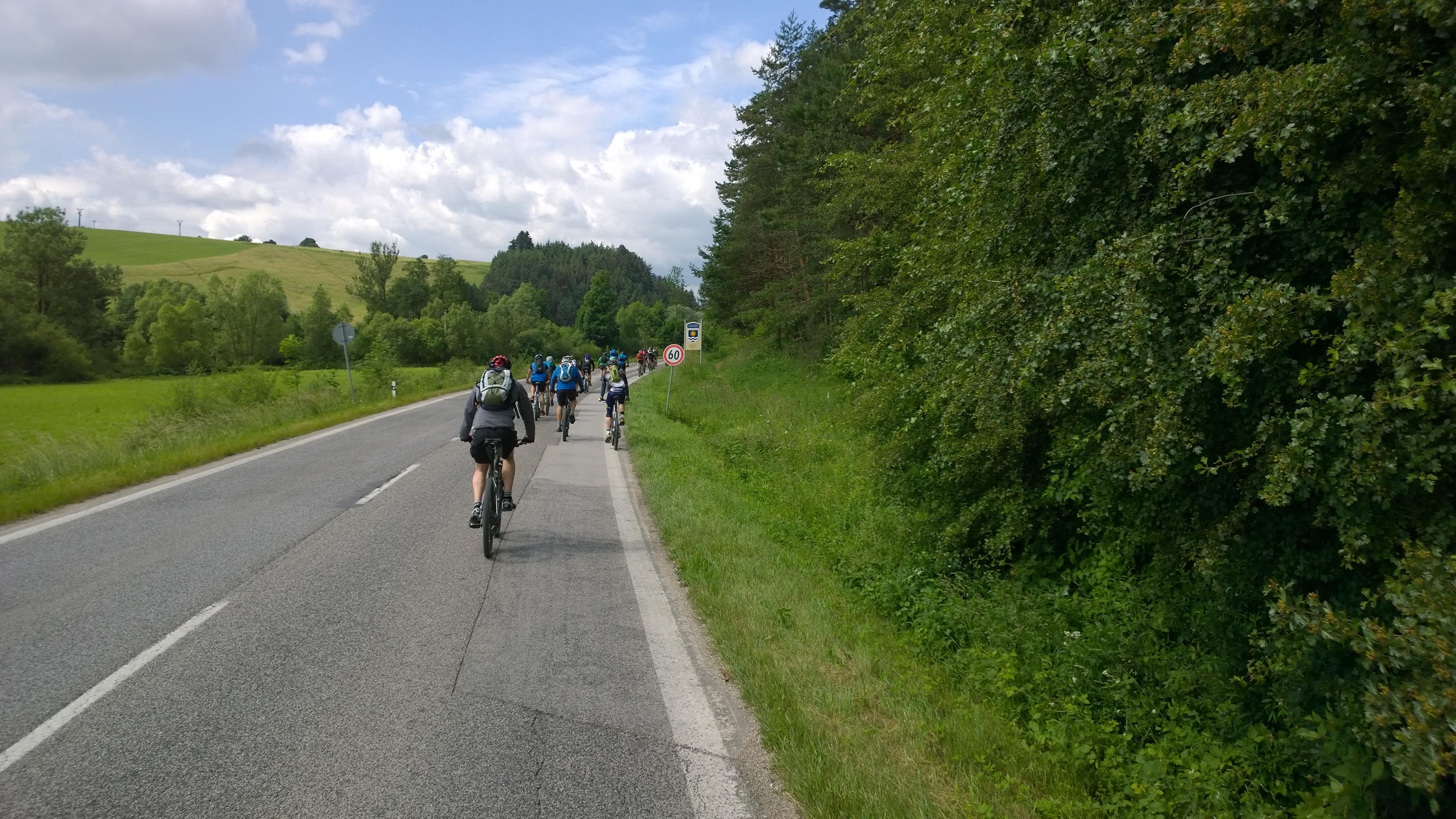 zaciatok,horolezeckeho triatlonu smerom na Rajec