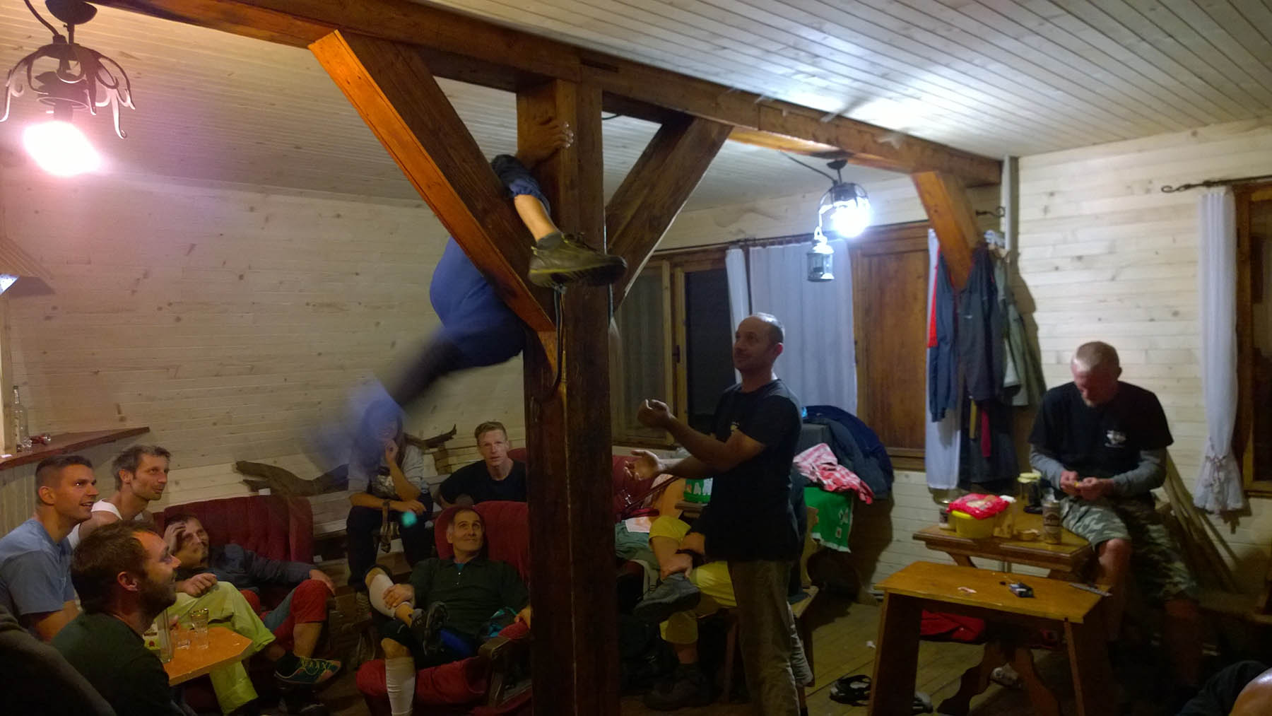Rozlomiťácky Boulder na chate v Zádieli