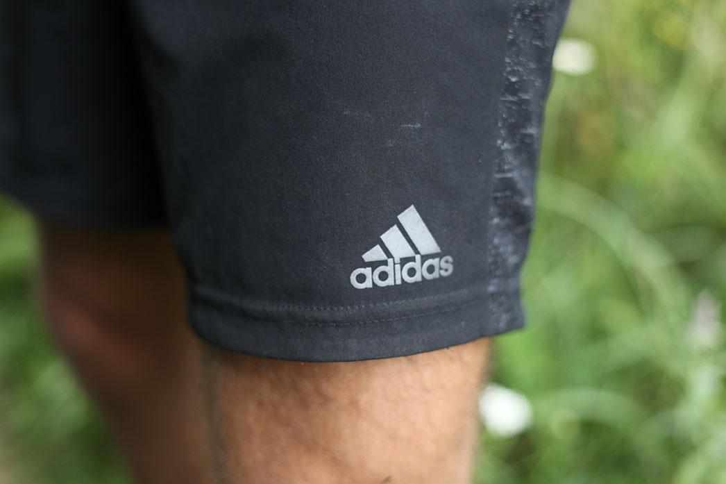 adidas-supernova-7-inch-kratasy-reflexne-prvky