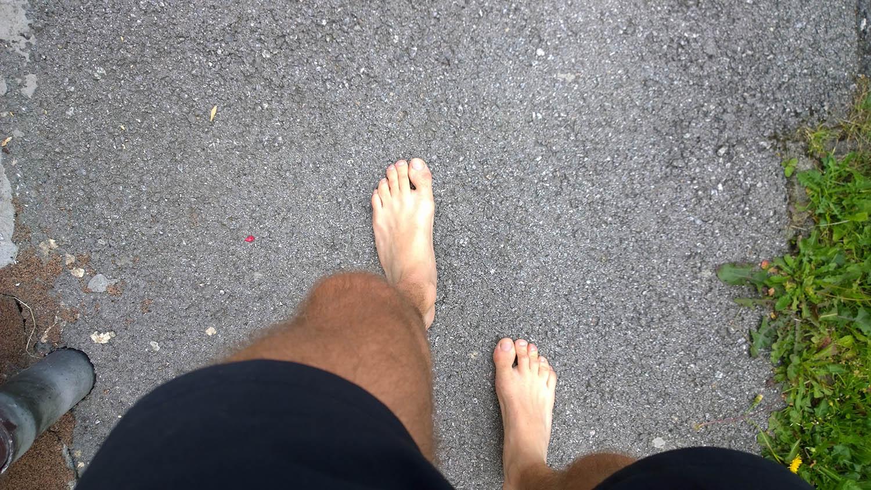 Bose nohy v rámci barefoot filozofie
