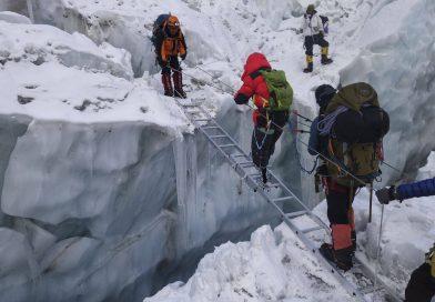 Bez nôh na mt. Everest. Toto je piaty pokus 70 ročného číňana