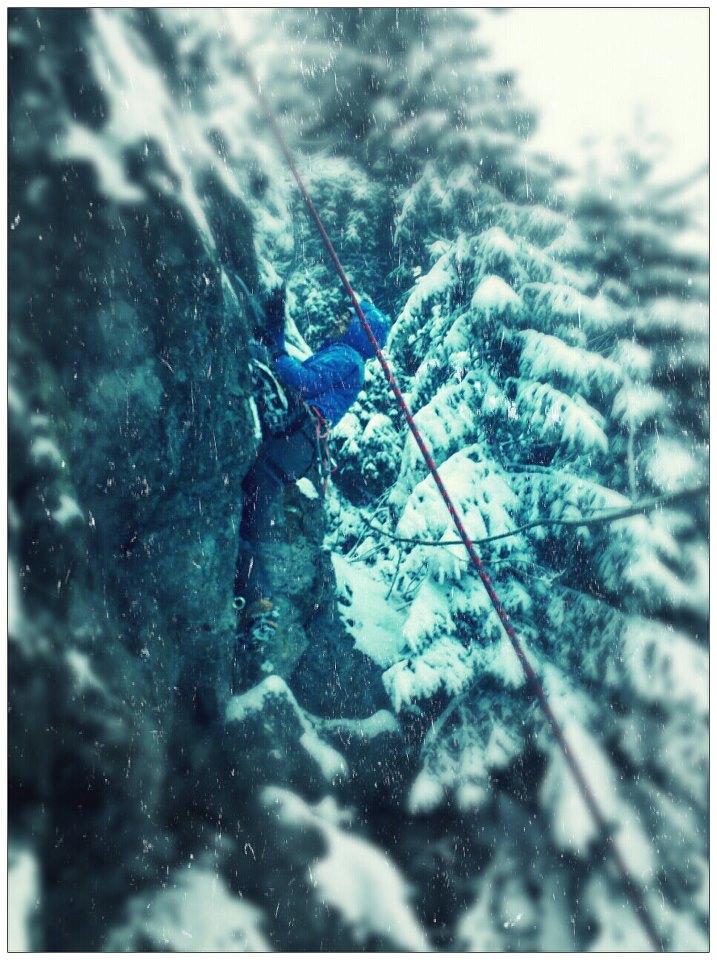 Karrimor Elite bunda, mixové lezenie vo Fatre na skale