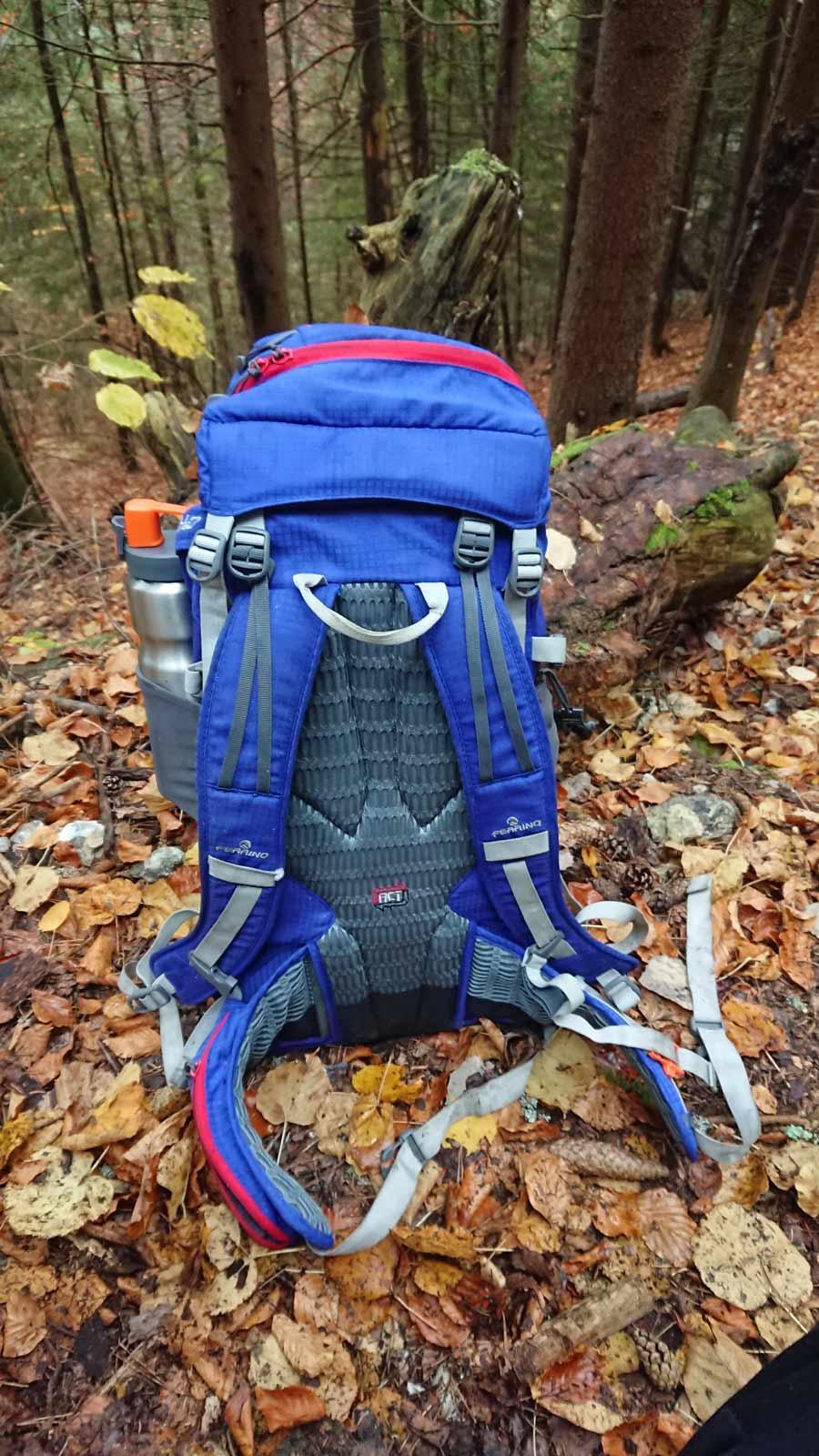 Chrbtový systém ruksaku Ferrino Triolet 32 + 5 / recenzia