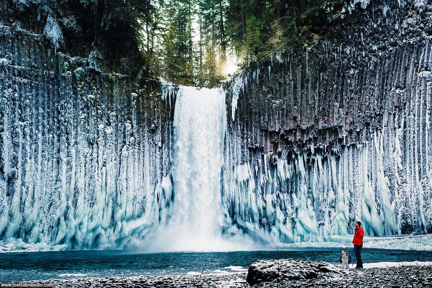 Miesto: Vodopád Abiqua Falls, Oregon, USA | Autor: Joshua Meador