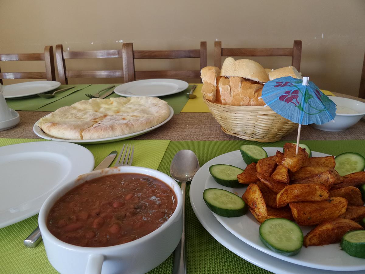 Jedlo v Gudauri