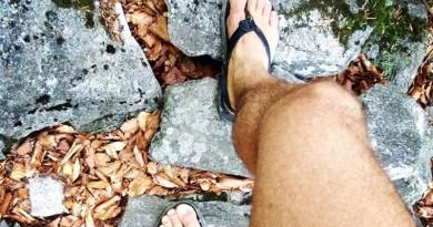 luna sandále a beh na boso