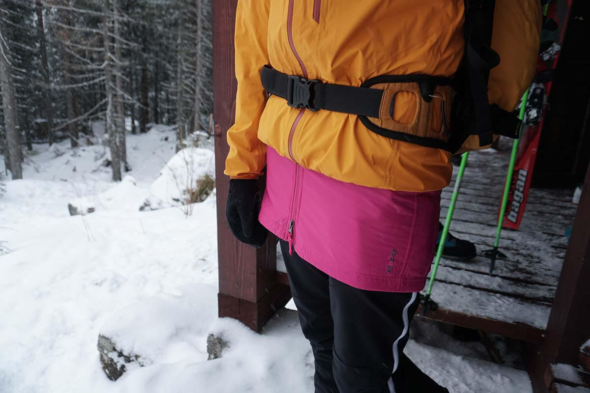 Páperová zateplená sukňa skhoop na zimný skialpinizmus, Vysoké tatry