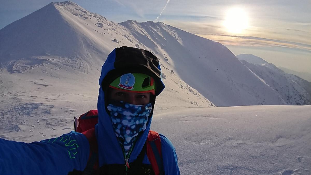 Malá Fatra prechod po hrebeni na skialp lyžiach 20km a 1600 m prevýšenie