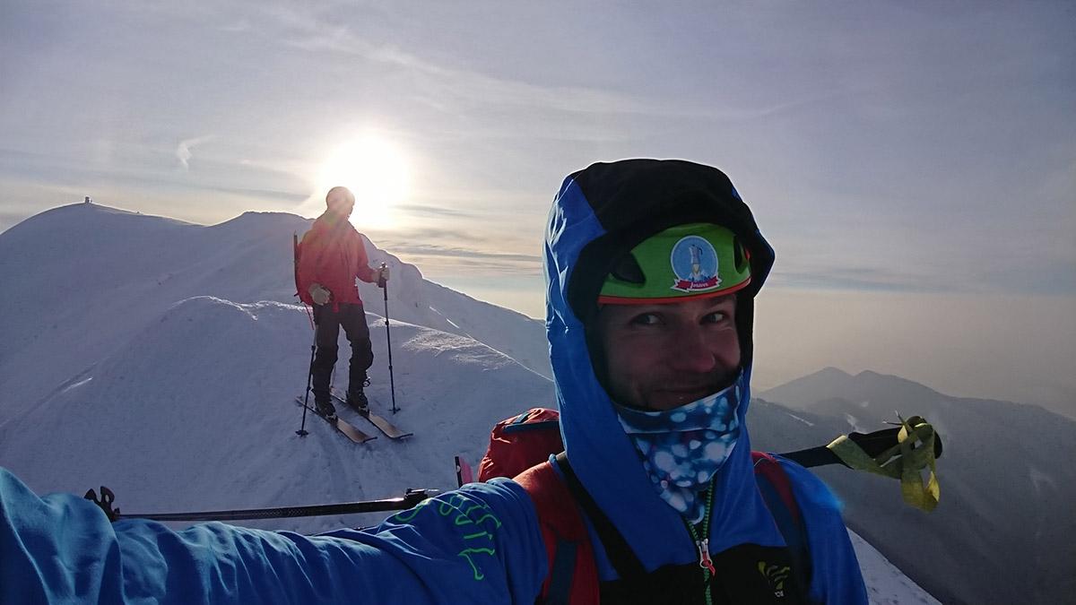 Malá Fatra na skialp lyžiach, hrebeňovka za malým Kriváňom
