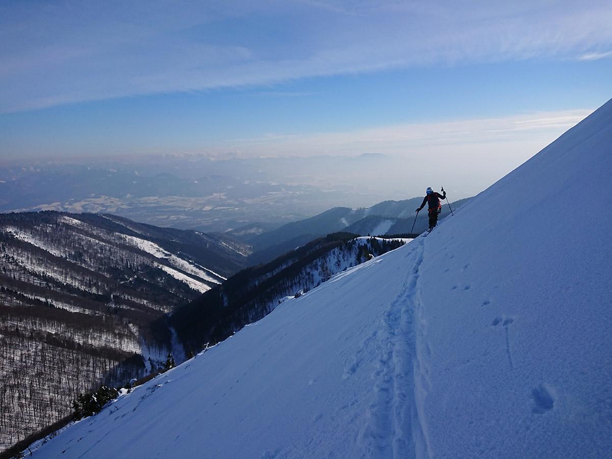 Malá Fatra na skialp lyžiach, hrebeňovka pred Malým Kriváňom