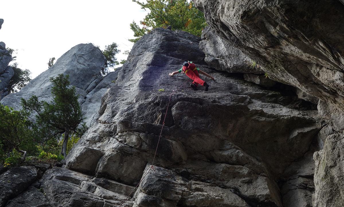 Slovenské skaly #3: Komjatná je lezecká oblasť s prvkami Súľova