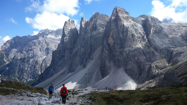 výhľady na zostupovej trase horského preteku Drei Zinnen