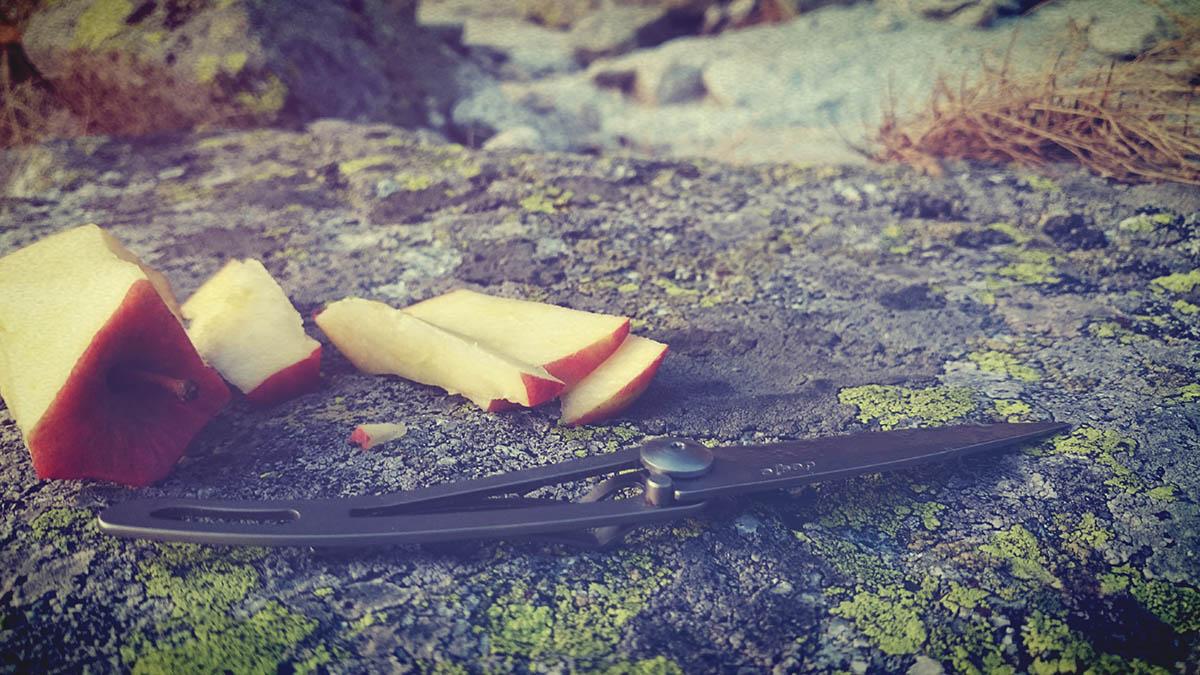 Trocha jedla po zlanení pod Volovku. 27g nožík, Deejo